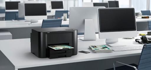 imprimante-laser-au-bureau